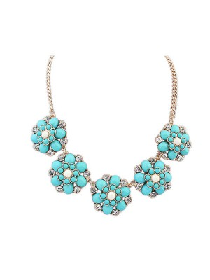 Occident New Sweet Flowers Simple Fashion Necklace
