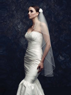 Elegant Tulle With Flower Bridal Veils